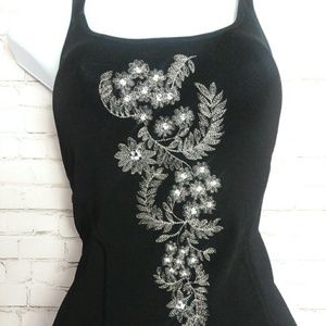 THE LIMITED Stretch black applique tank